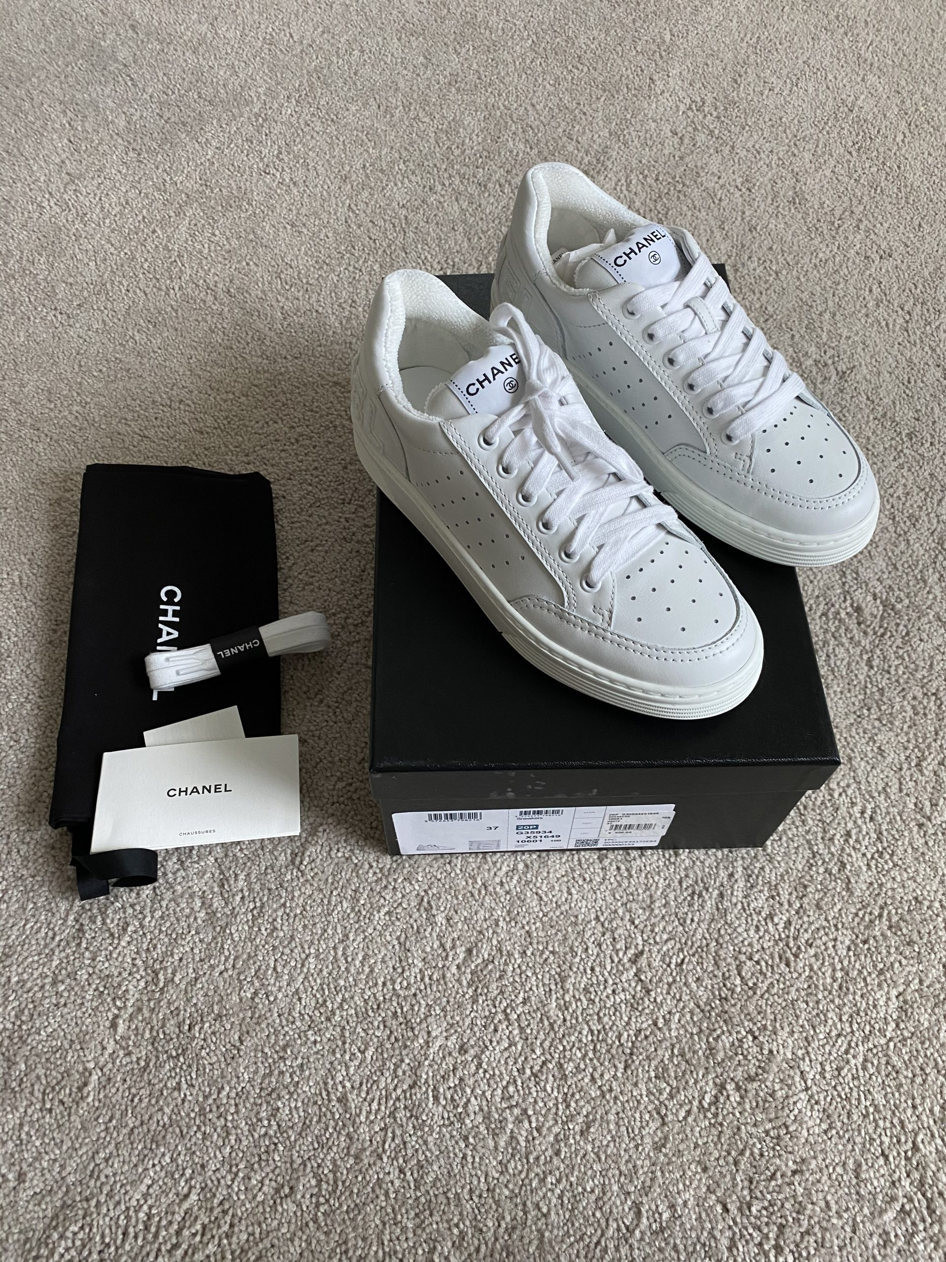 Chanel Low Top All White Joggers - Reetzy